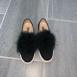 Steve madden Emilie Sneakers with feathers